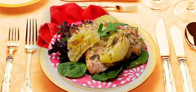 Salmon with Uniq Fruit and fennel topping